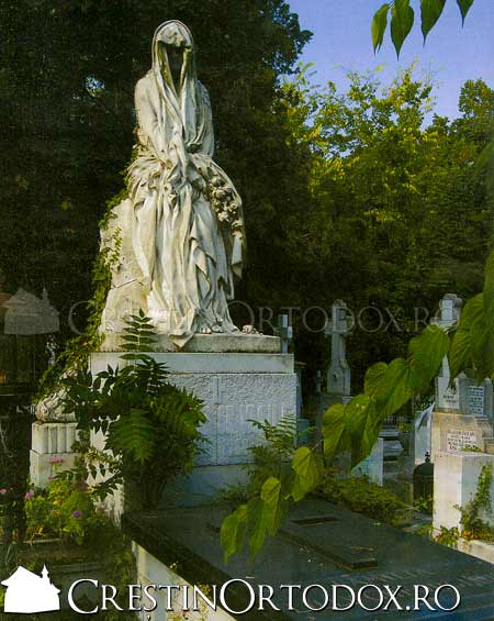 cimitirul-bellu-(3)