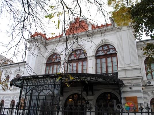 palatul-sutu-vedere-exterioara