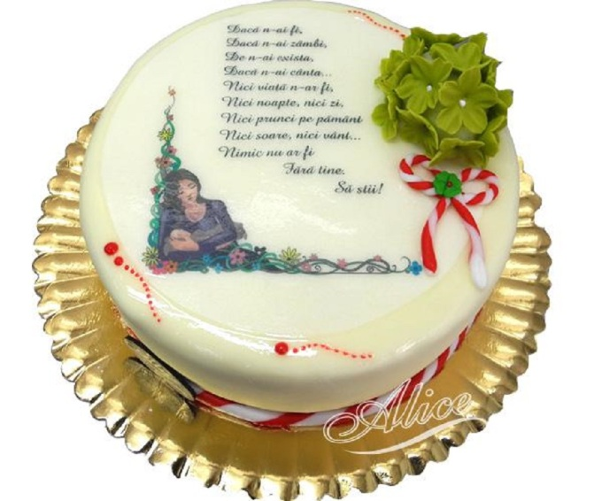 Tort-Martie-cu-Poza-Poezie